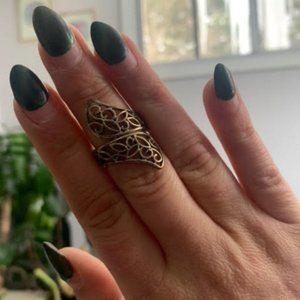 Beautiful vintage filigree statement silver ring